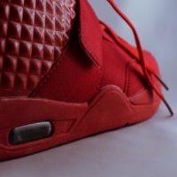 メンズ ブランド 赤のハイカットスニーカー ハイトップレッド